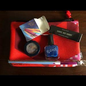 Makeup bundle NWT